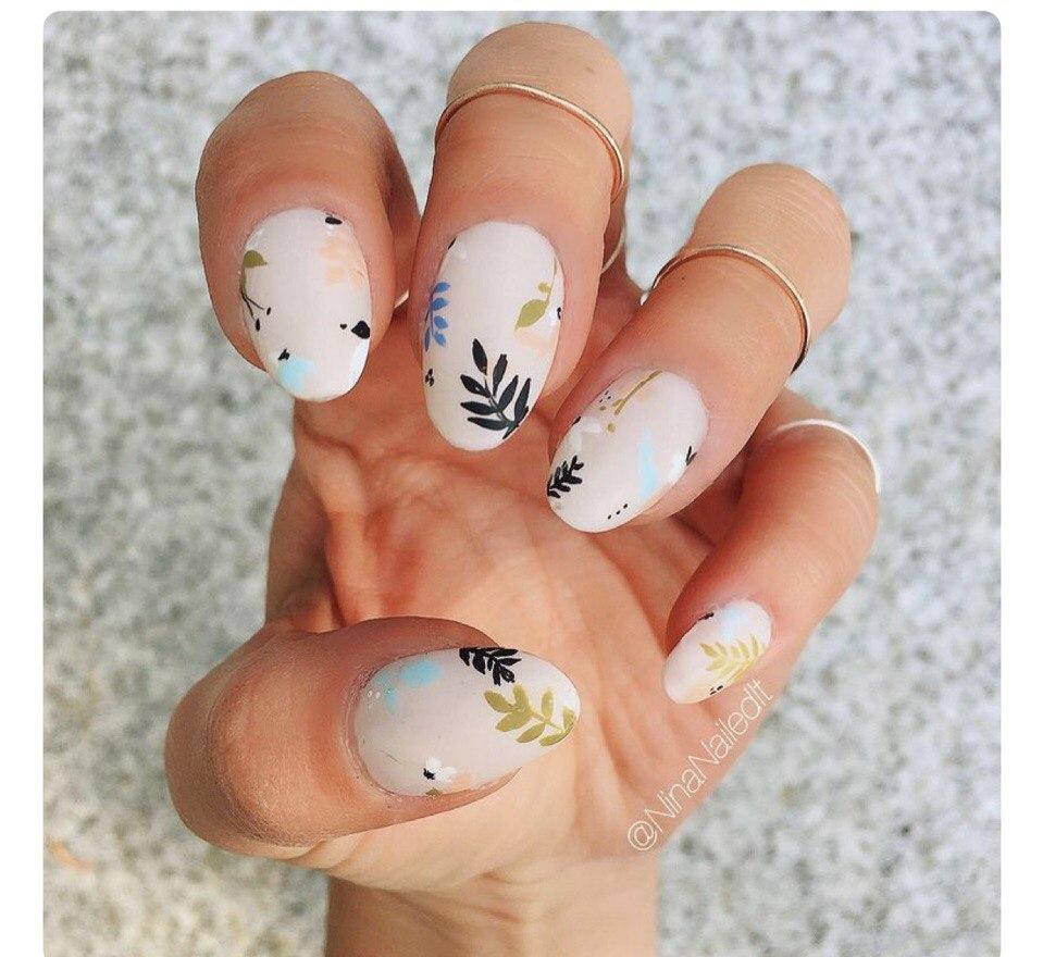 Цветочный маникюр 2018: на короткие ногти, фото